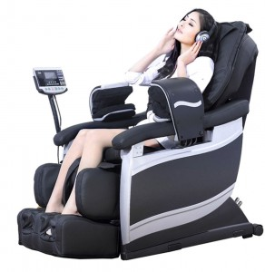 woman sitting on Massage Chair