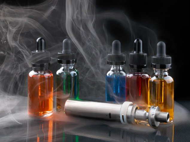 e-juice and vaporizer